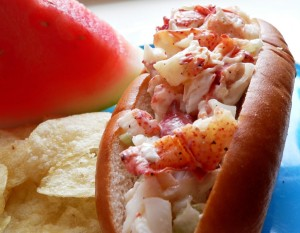 Cotton candy, sweetie, go, let me see the Lobster Roll!